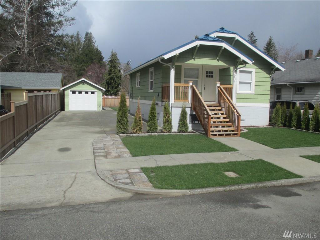 38334 SE Maple St Snoqualmie WA 98065