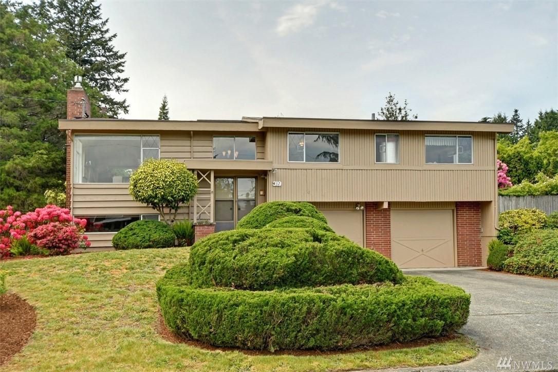 319 111th Ave SE Bellevue WA 98004