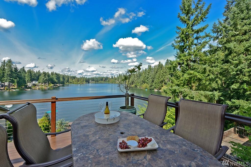 23046 SE Lake Wilderness Dr S Maple Valley WA 98038