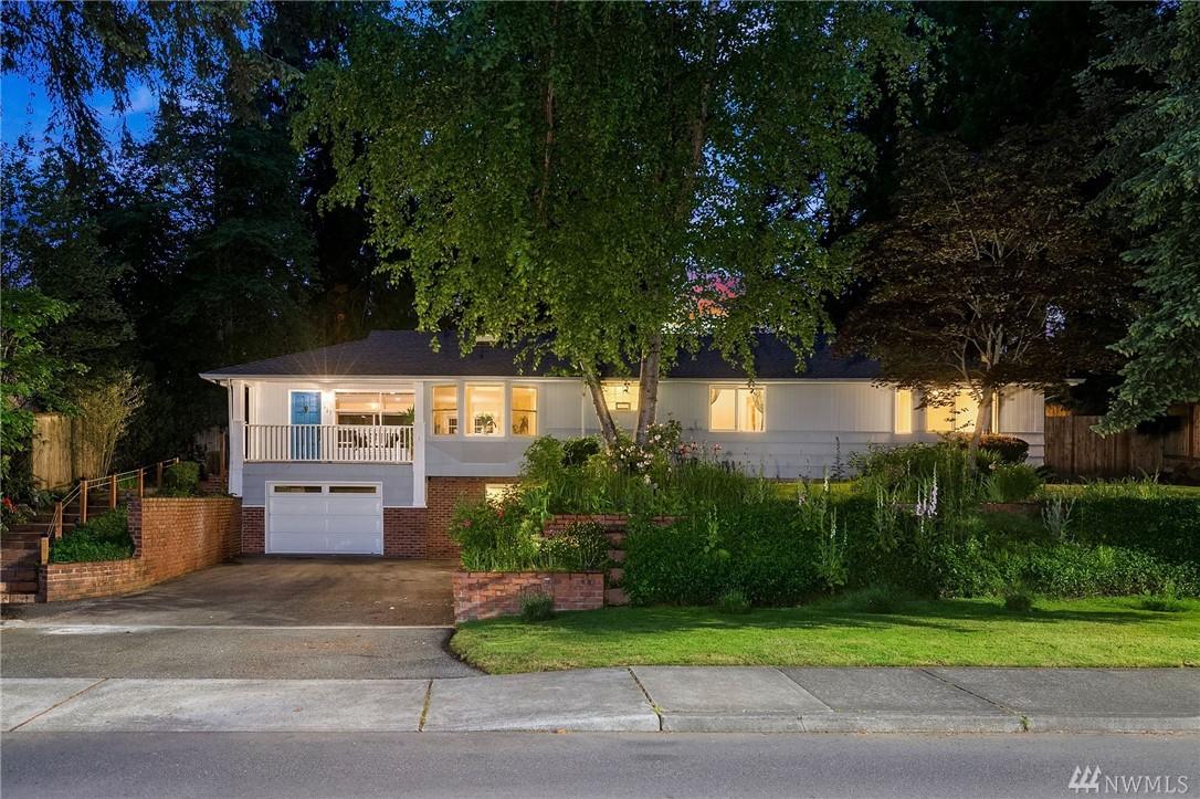 827 108th Ave SE Bellevue WA 98004