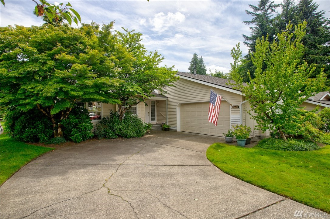 6637 113th Pl SE Bellevue WA 98006