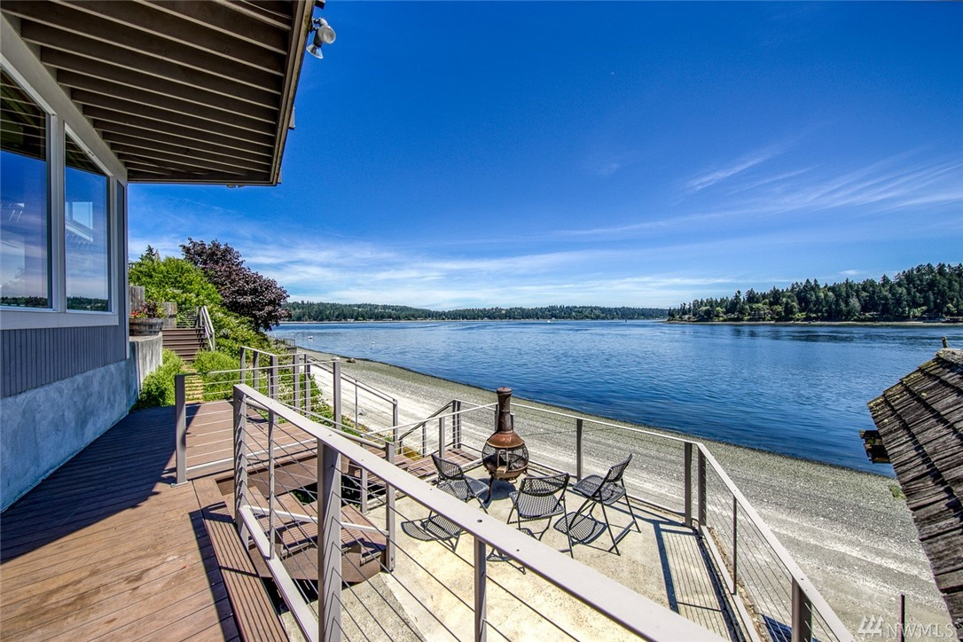 3250 Point White Dr NE Bainbridge Island WA 98110
