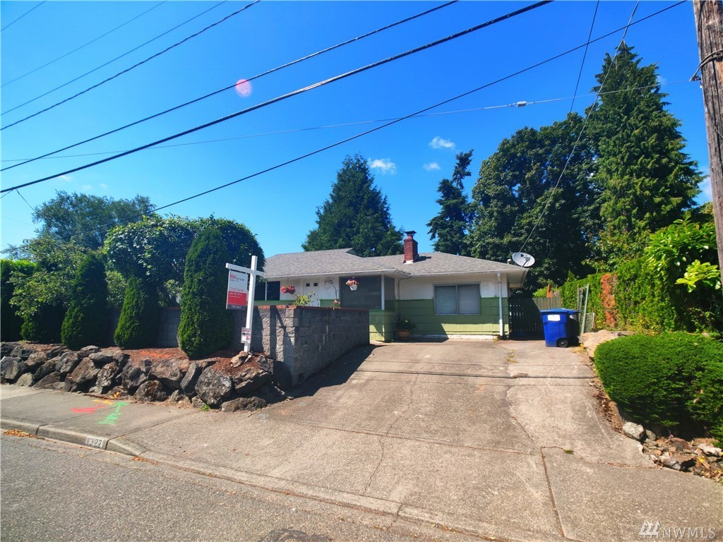 1322 SW 116th st Seattle WA 98146