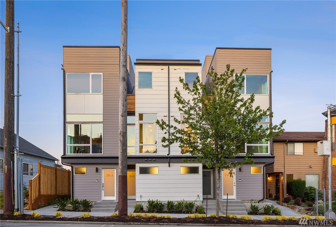 2114 D 14th Ave S Seattle WA 98144