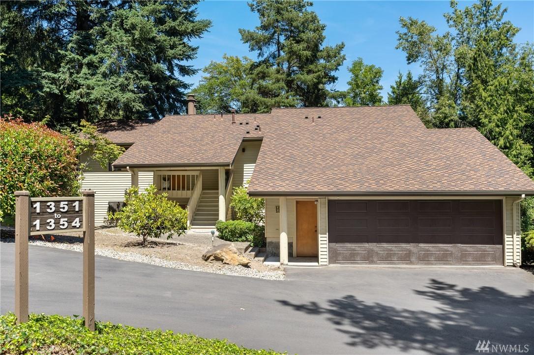 1351 Bellefield Park Ln Bellevue WA 98004