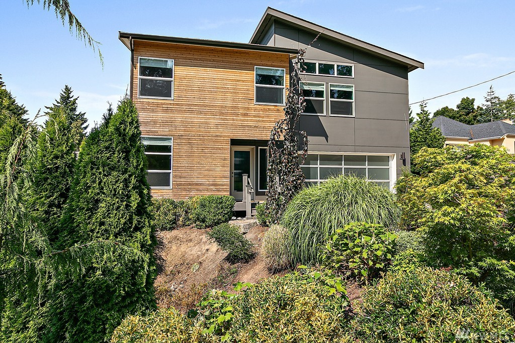 606 N 138th St Seattle WA 98133