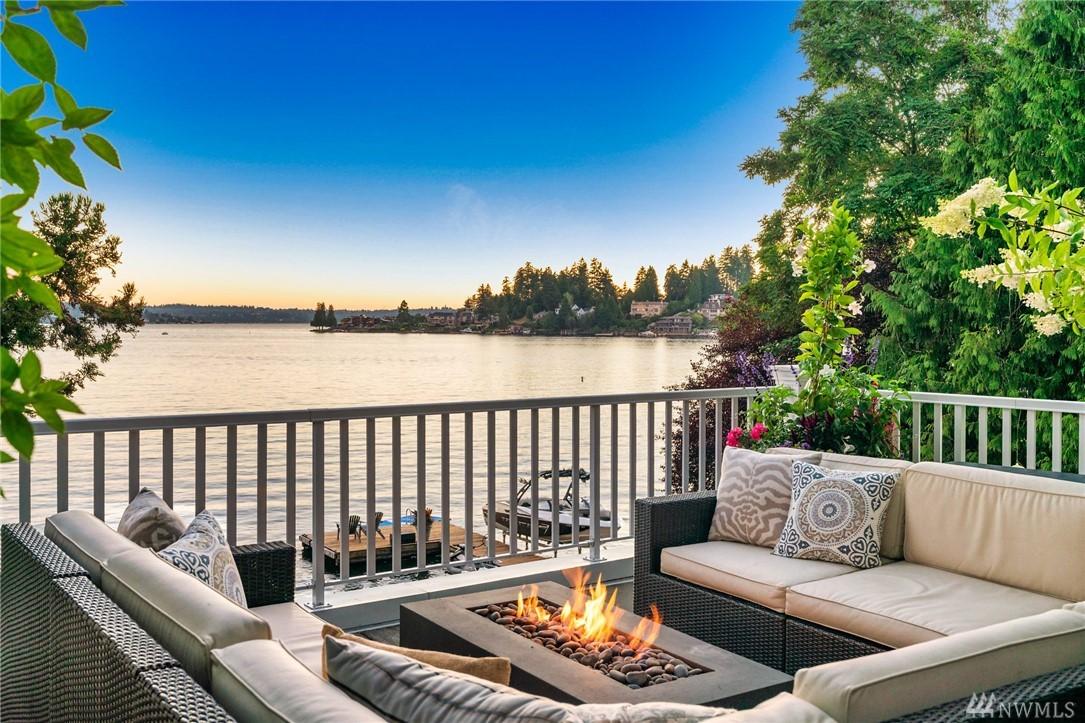 9621 Lake Washington Blvd NE Bellevue WA 98004