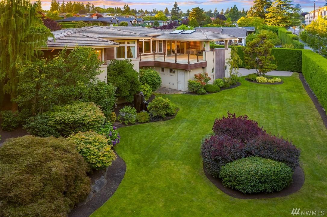 903 Belfair Rd Bellevue WA 98004