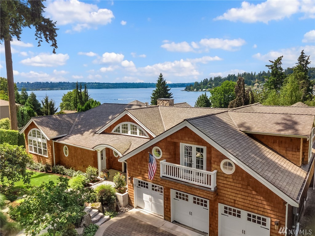 1936 10th Pl W Kirkland WA 98033