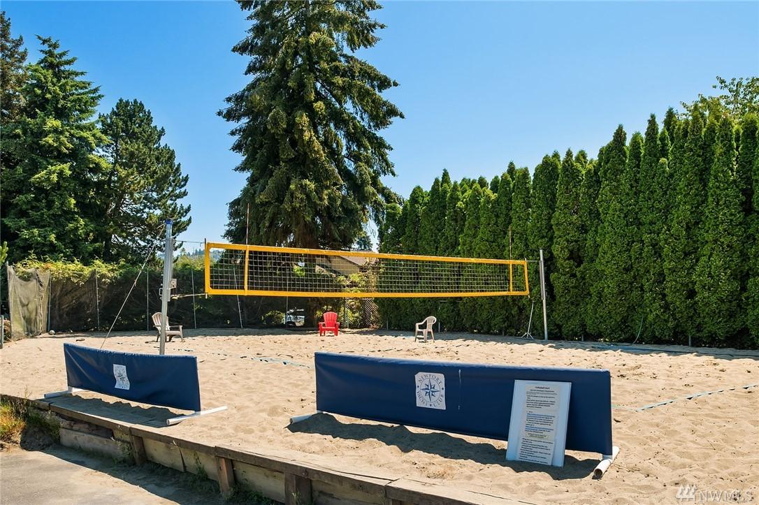 Photo 35 of 10 Lummi Key Bellevue WA 98006