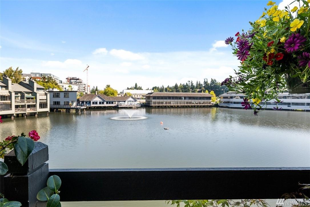 7 Lake Bellevue Dr Bellevue WA 98005