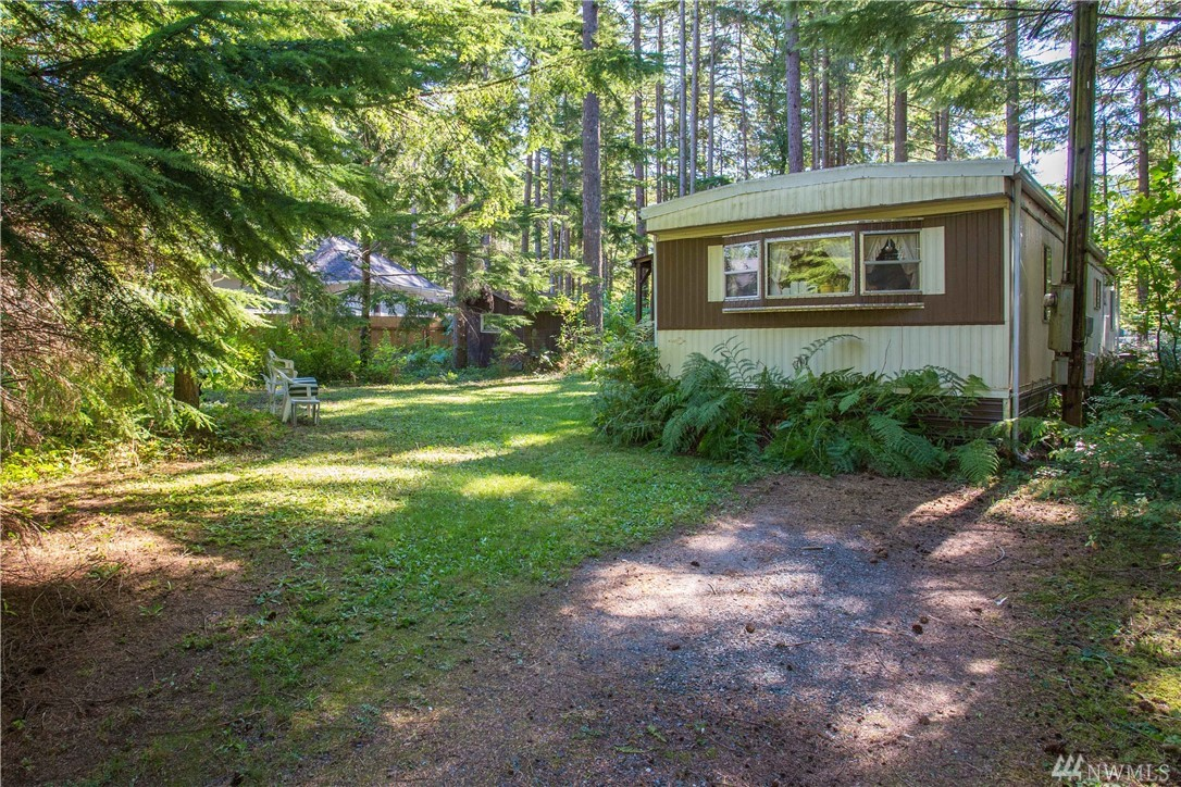 8658 Valley Ct Maple Falls WA 98266