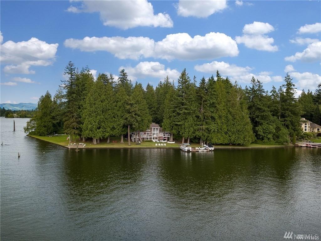 20702 Snag Island Dr E Lake Tapps WA 98391