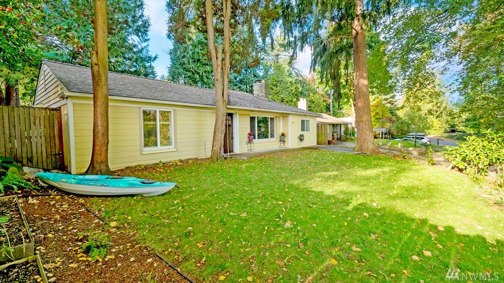 16721 41st Ave NE Lake Forest Park WA 98155