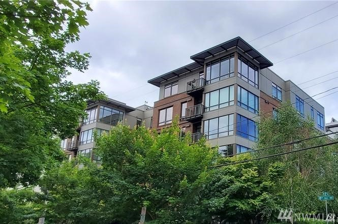 4547 8th Ave NE Seattle WA 98105