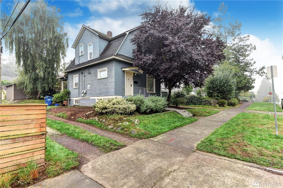 1209 NE 56th Street Seattle WA 98105