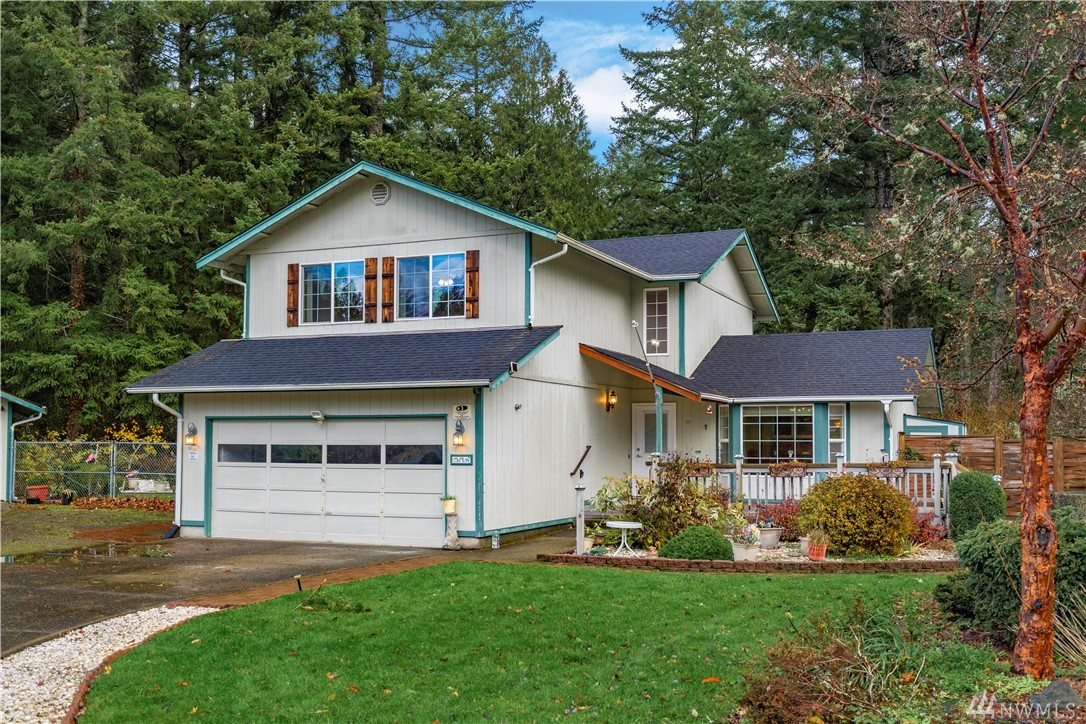 317 Country Estates Ct W Rainier WA 98576