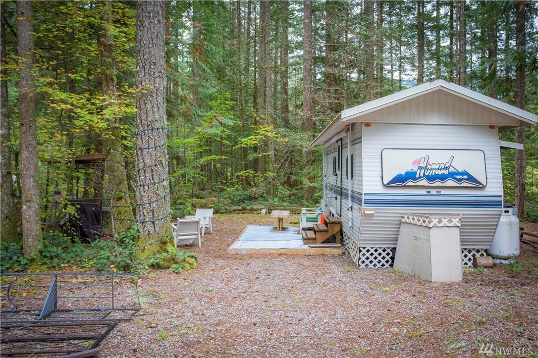 179 1 Fireside Lodge Cir Deming WA 98266