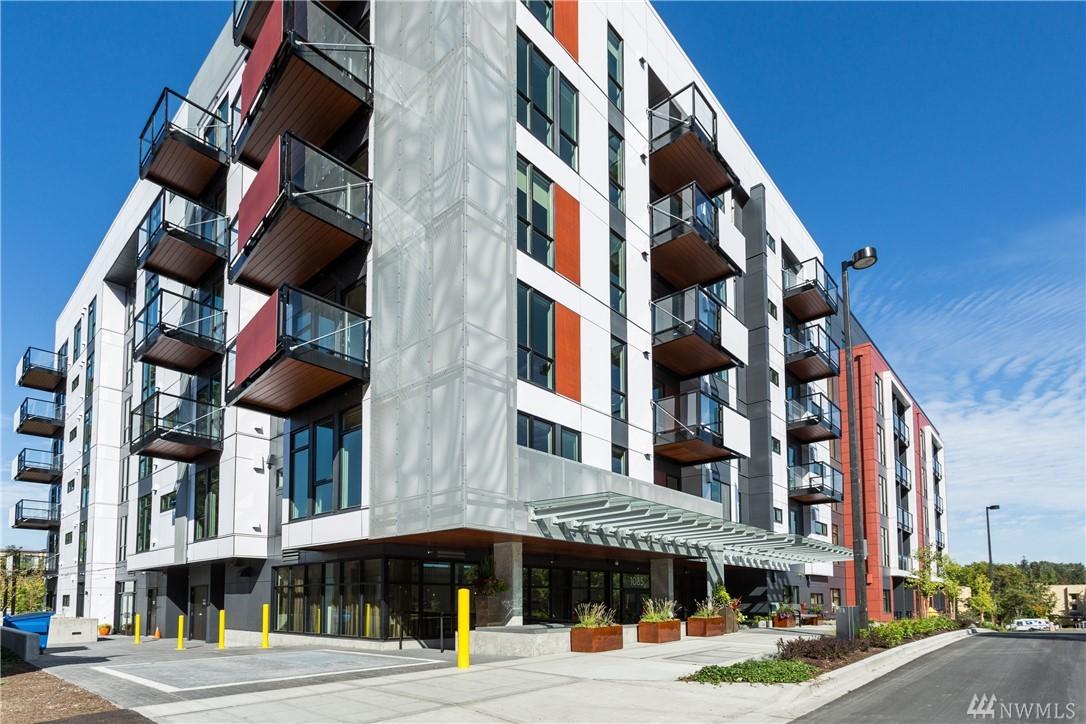1085 103rd Ave NE Bellevue WA 98004