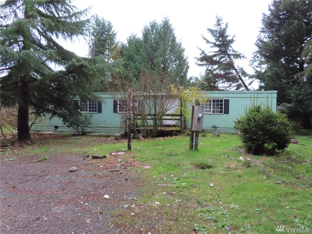 1815 193rd Ave SW Lakebay WA 98349