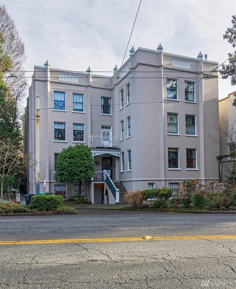 1508 10th Ave E Seattle WA 98102