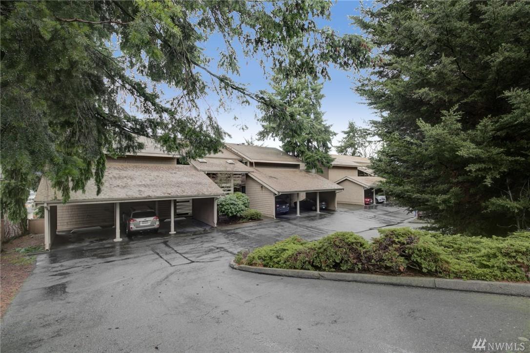 Photo 3 of 711 122nd Ave NE Bellevue WA 98005
