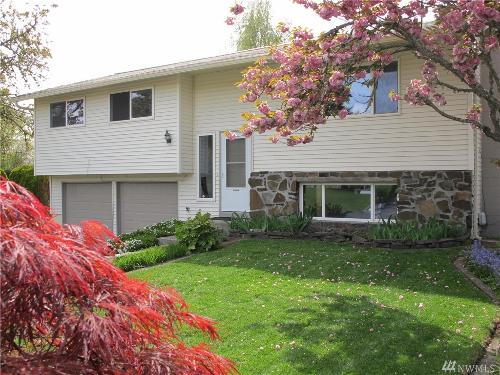 52 Queets St Steilacoom WA 98388