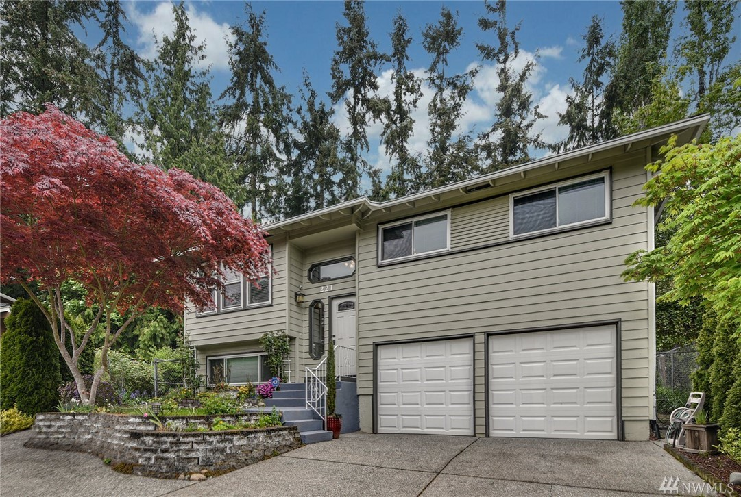 221 218th Pl SW Bothell WA 98021