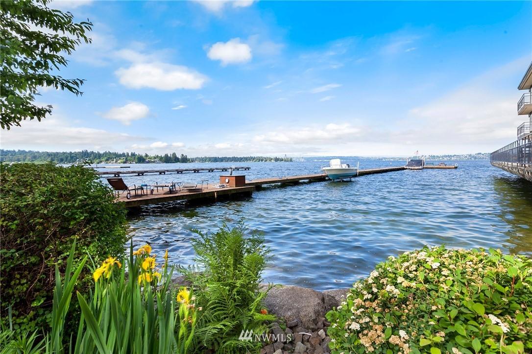6201 Lake Washington Blvd NE Kirkland WA 98033