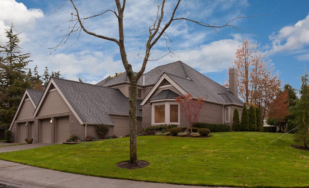 1748 Bellevue Way NE Bellevue WA 98004