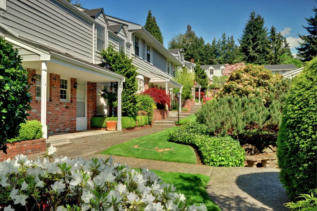 1420 Bellevue Way SE Bellevue WA 98004