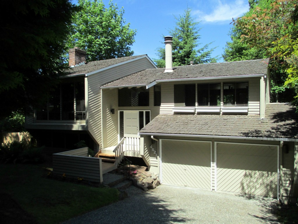 Photo 1 of 4621 Highland Dr SE Bellevue WA 98006