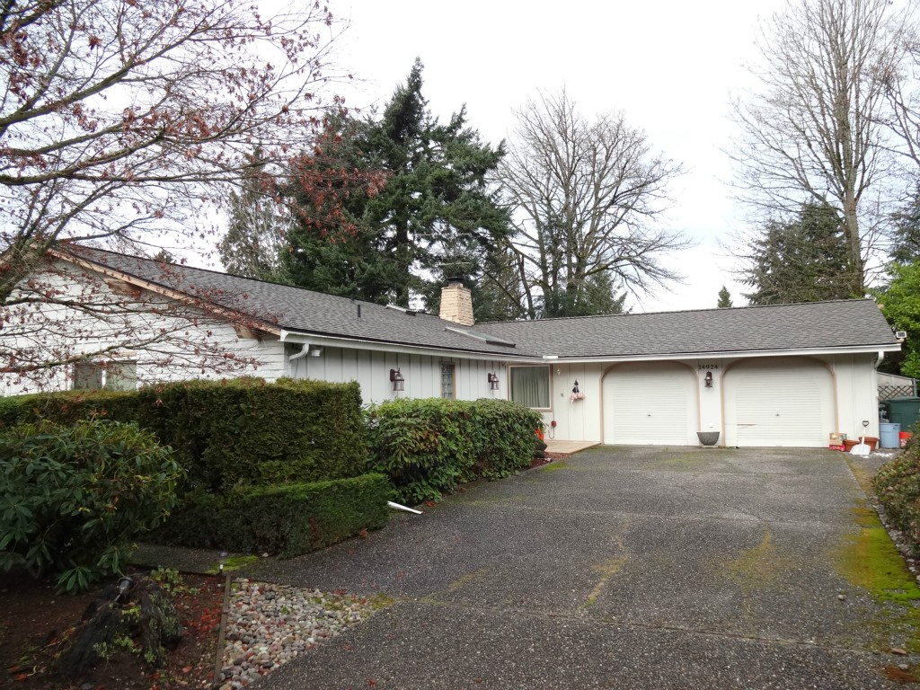Photo 3 of 14924 SE 47th Pl Bellevue WA 98006