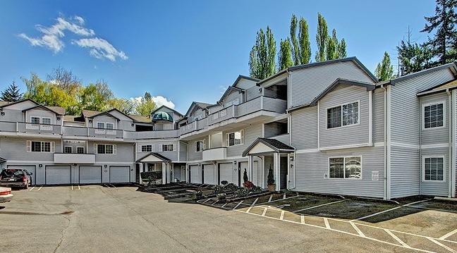 342 102nd Ave SE Bellevue WA 98004
