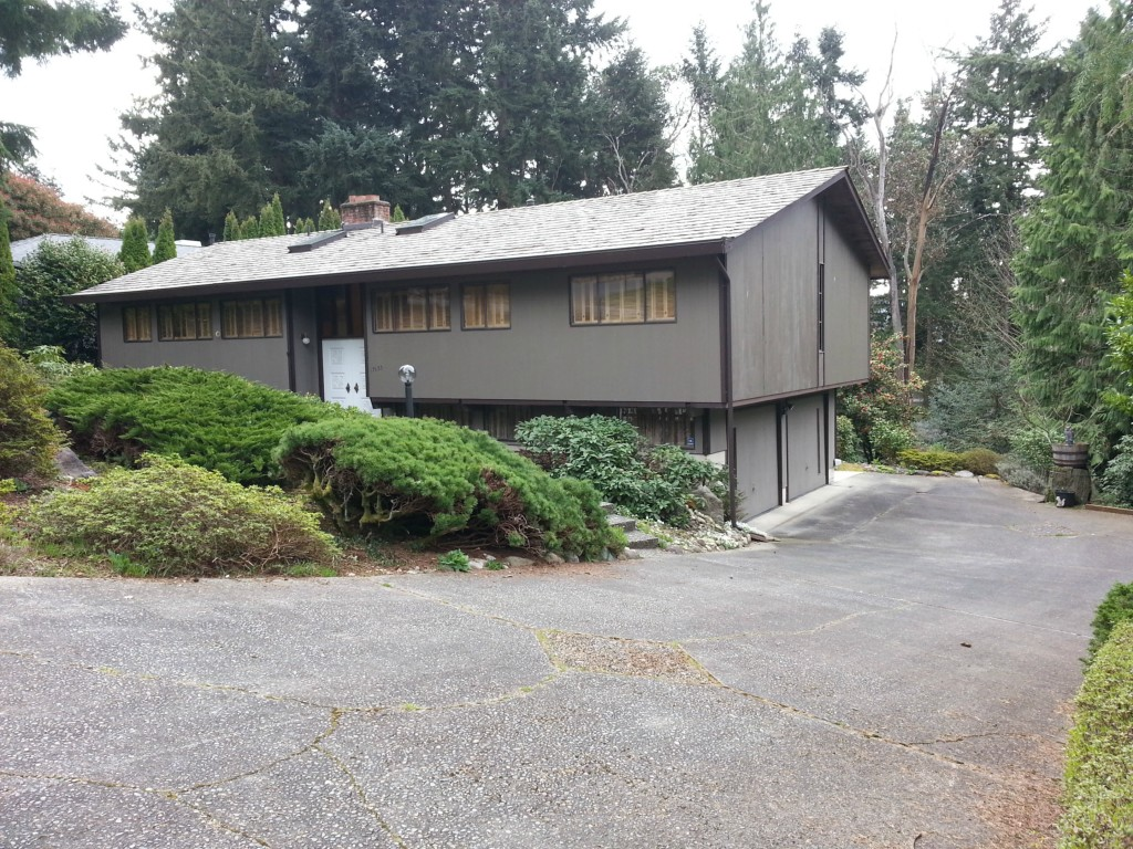 17633 NE 8th Pl Bellevue WA 98008