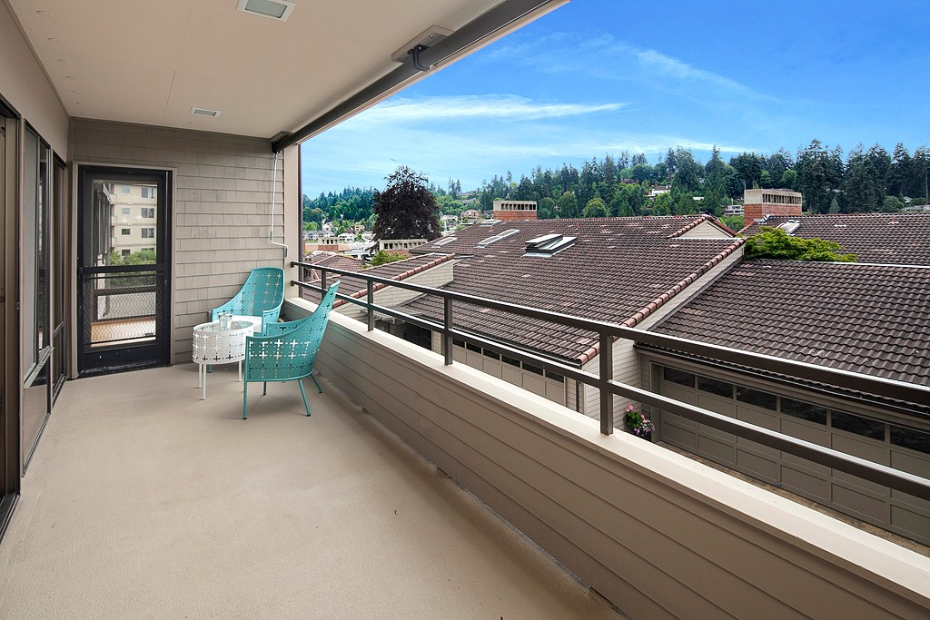 Condo At Whalers Cove Bellevue Sold NWMLS 654043