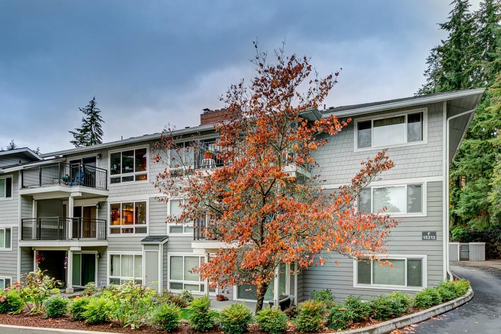 15202 NE 8th St Bellevue WA 98007
