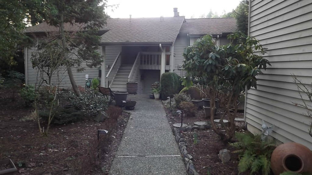 1101 Bellefield Park Ln Bellevue WA 98004