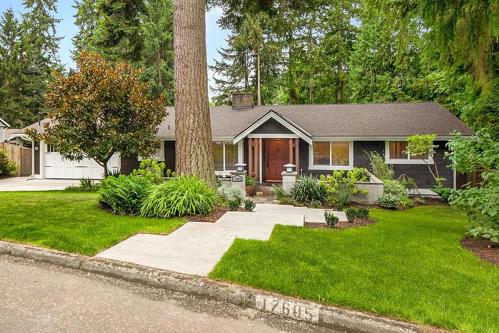 Photo 2 of 17605 NE 8th Pl Bellevue WA 98008