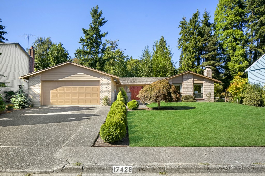 Photo 20 of 17428 NE 12th St Bellevue WA 98008