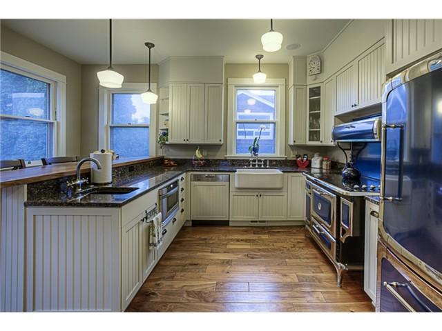 Photo 8 of 820 Maple St Edmonds WA 98020