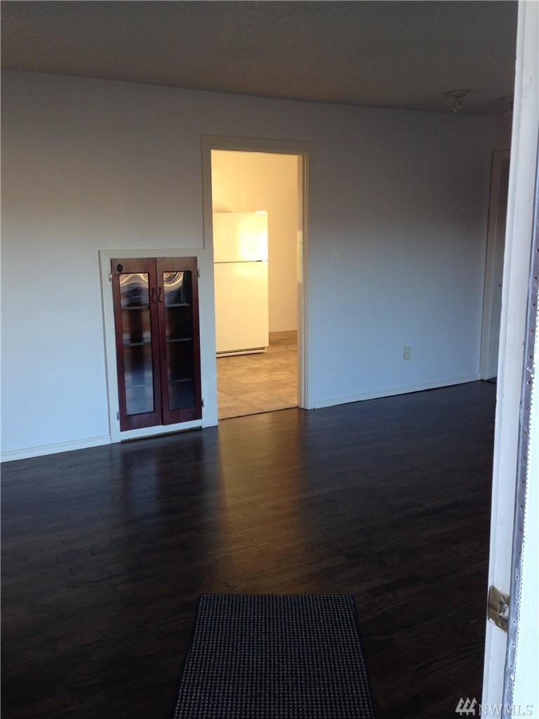 Home sold 2316 7th st everett wa nwmls 880693 for Hardwood floors everett wa