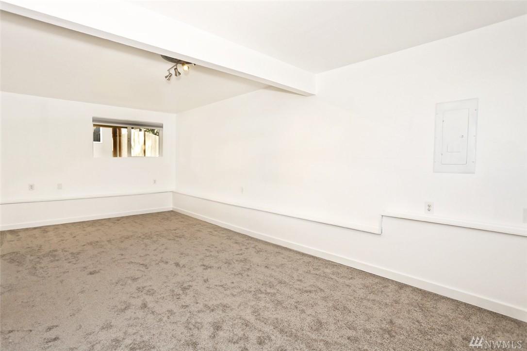 Home sold 11320 e ibberson dr everett wa nwmls 881575 for Hardwood floors everett wa