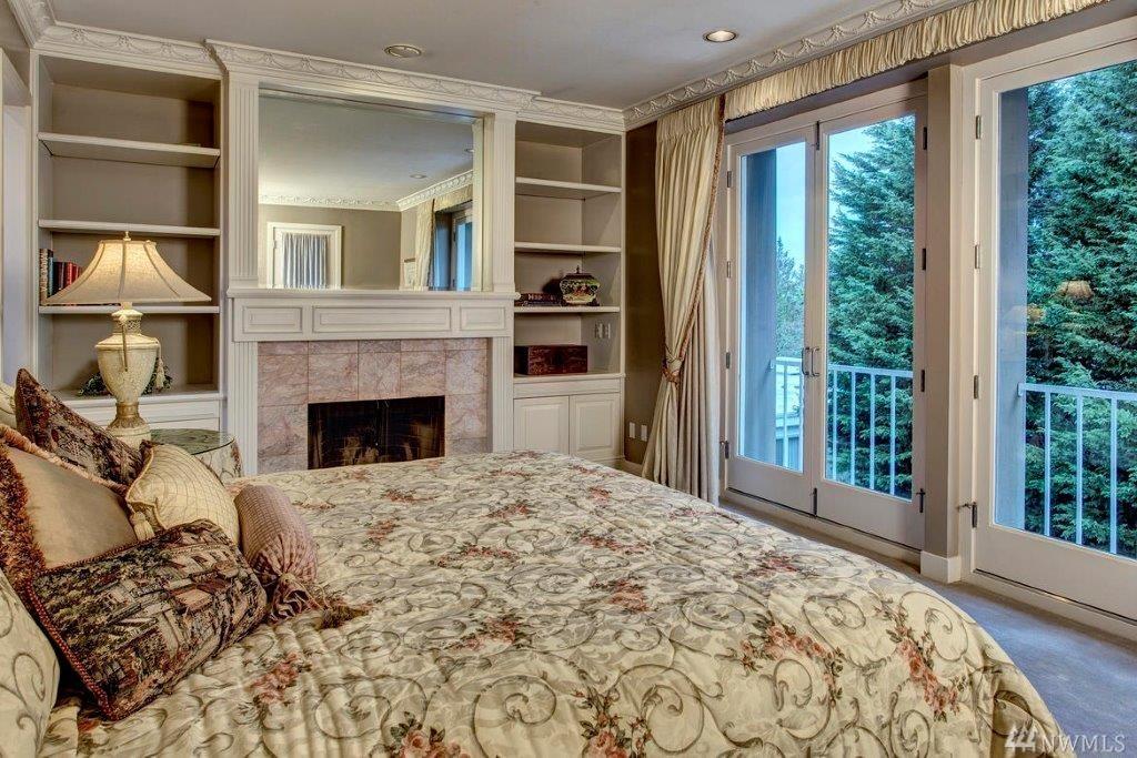 Condo at park terrace condominiums bellevue sold nwmls 890105 for 100 park terrace west