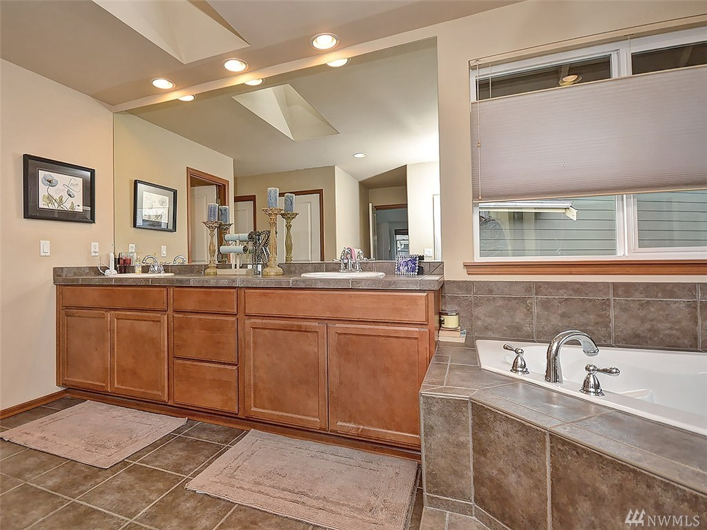 bathroom sink ideas pictures home sold 16516 37th dr se bothell wa nwmls 897954 16516