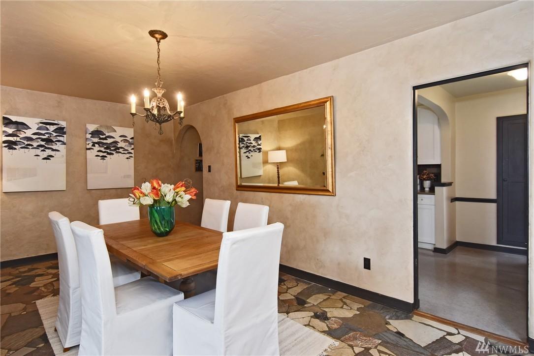 Condo Unit 206 At Villa Costella Seattle Sold Nwmls 920118