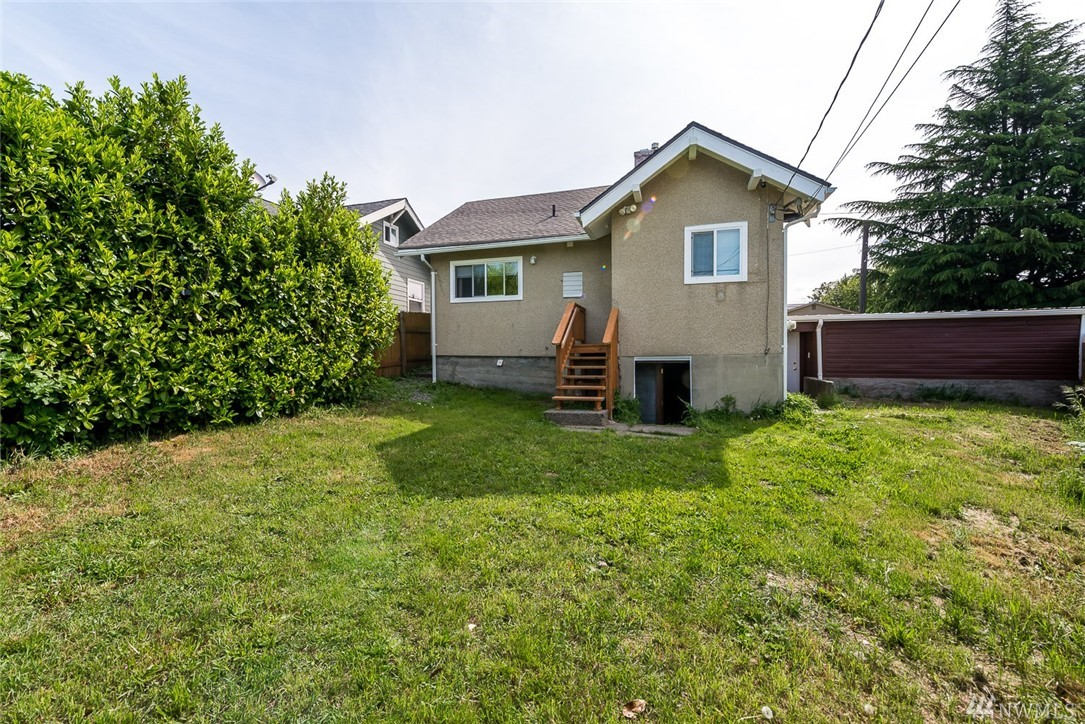 Home sold 5238 state st tacoma wa nwmls 938253 for Bathroom remodeling tacoma wa