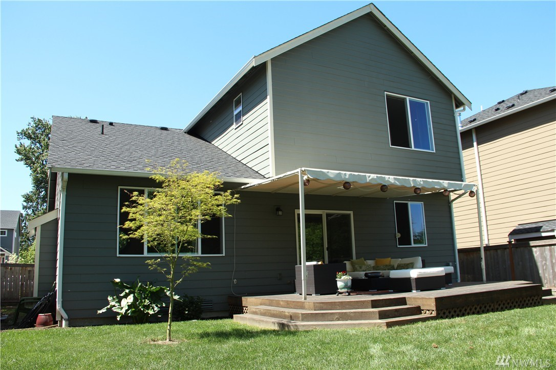 Home sold 1419 34th st se puyallup wa nwmls 941720 for Custom home builders puyallup wa