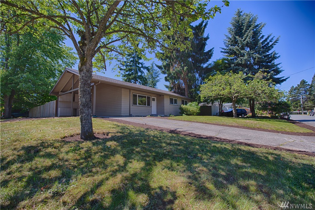 Home sold 16427 ne 12th st bellevue wa nwmls 952973 for American classic homes sammamish