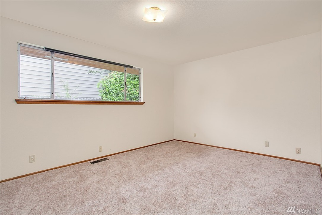Foyer Flooring Xtra : Home sold th ave nw seattle wa nwmls
